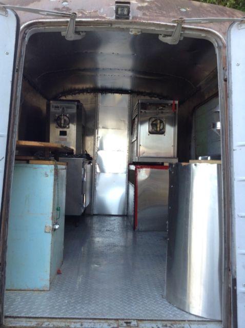1951 International Harvester Metro Van with 350 SBC