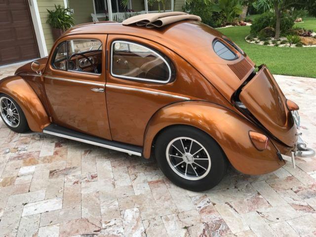 1952 VW Spilt Window Bug - Classic 1952 Volkswagen Beetle - Classic