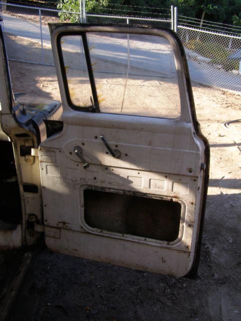 1957 Ford F100 Truck ** Short Bed, Big Windows, Chrome Pkg