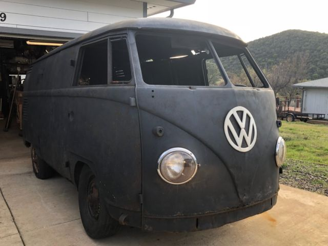 1958 Volkswagen Transporter Double Door Panel - Classic 1958