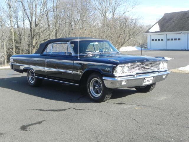 1963 Ford Galaxie 500 XL Q code 427 Convertible - Classic