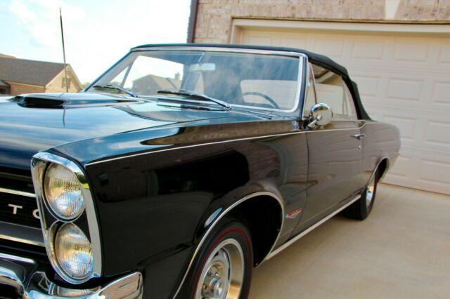1965 Pontiac GTO Convertible - Factory TRIPOWER, 4 speed