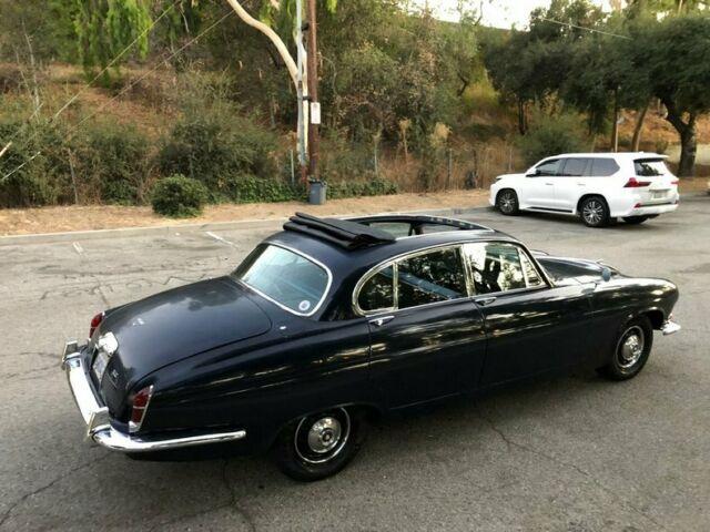 1966 JAGUAR MARK X - Classic 1966 Jaguar MK 10