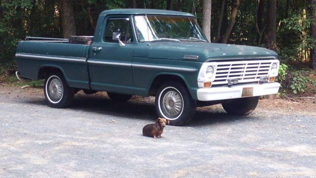 1967 Ford Short bed 352 V8 2bbl 3 speed straight body, good