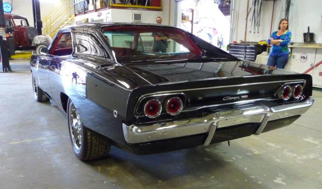 1968 Dodge Charger   Hemi Custom Build