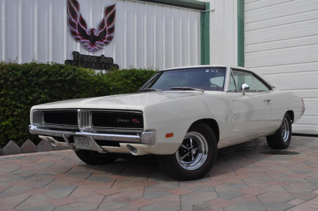 1969 Dodge Charger R T 440 White With Red Interior No Reserve Classic 1969 Dodge Charger For Sale