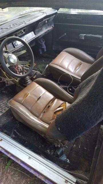 1969 Super bee 383 4 speed 1971 Dodge DEMON 440 4 speed & slant 6
