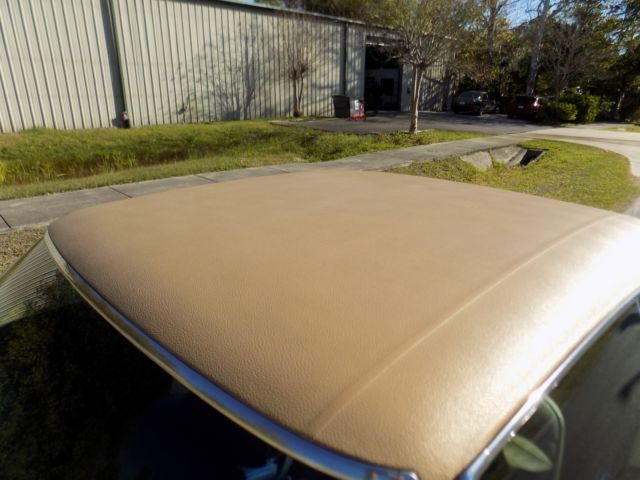1970 Oldsmobile Cutlass S coupe Very Rare Color Rocket 350