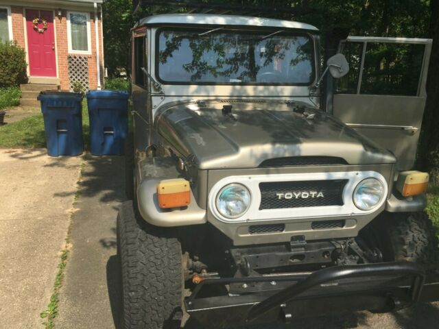1974 Toyota FJ40 Land Cruiser rare vintage original color