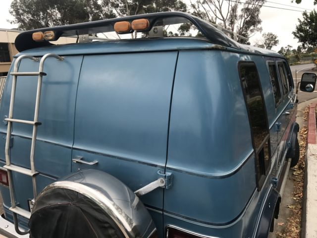 1977 BLUE ON CUSTOM DODGE VAN WITH SOFA BED NICE INTERIOR RUNS GREAT