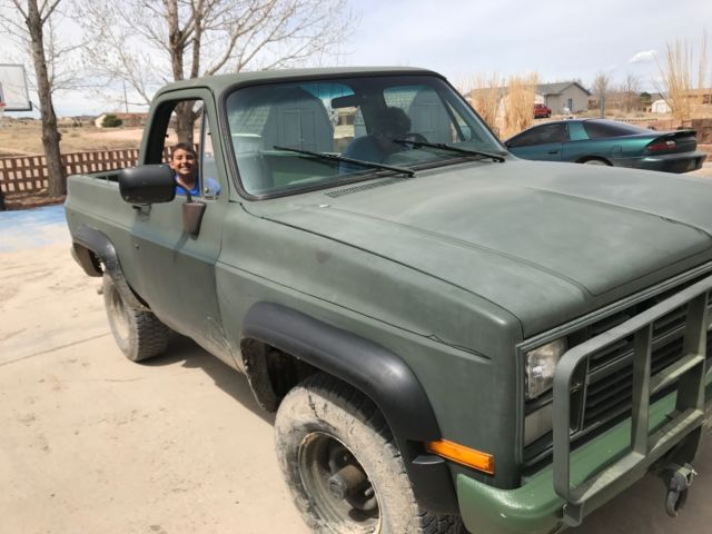 1985 Diesel 4X4 1 ton locker CUCV 6 2 L Diesel Black Rhino