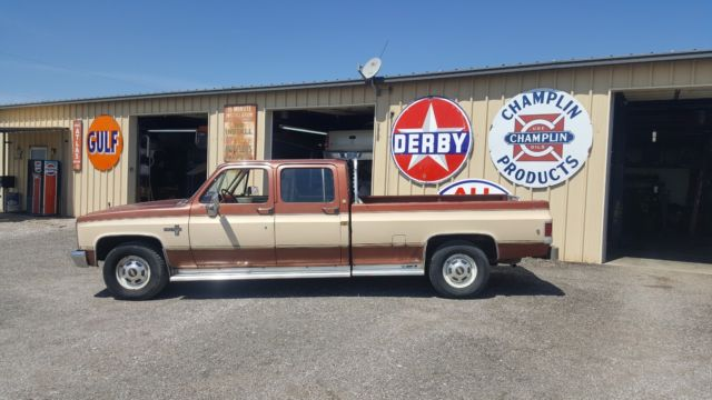 1986 Chevrolet Squarebody Crew cab 454/400 old man cruiser 137k