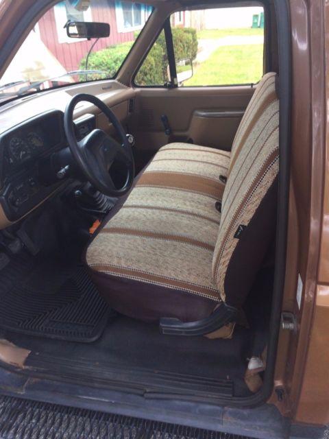 1987 Ford F150 I6 300 4x4 Rebuilt Motor w/4 Speed Manual