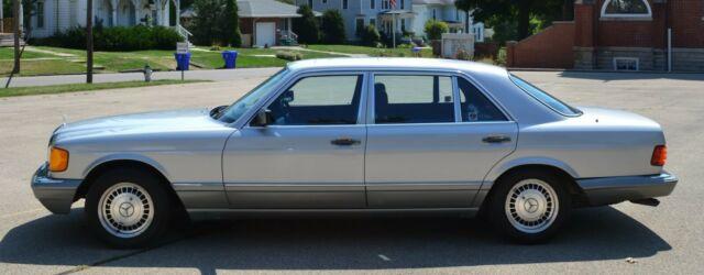1987 Mercedes-Benz 560SEL Silver - 99915 Miles - Gasoline