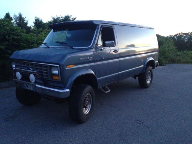 1988 Ford E-350 4x4 Cargo Van Lifted Locker & 35's Quigley