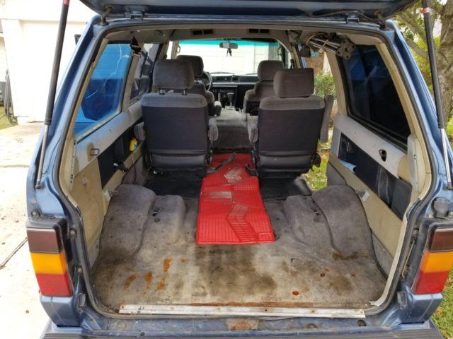 1988 Toyota 4x4 Van VanWagon LE Syncro Truck Camper