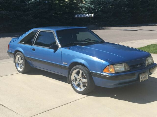 1989 Ford Mustang LX 5.0 Hatchback 25th Anniversary ...