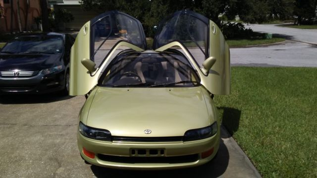 1990-toyota-sera-gull-wing-75k-auto-ac-1