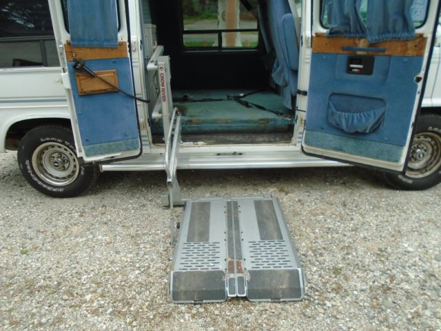 1993 CHEVY G20 HIGH TOP CUSTOM WHEELCHAIR VAN 87,314 MILES C R