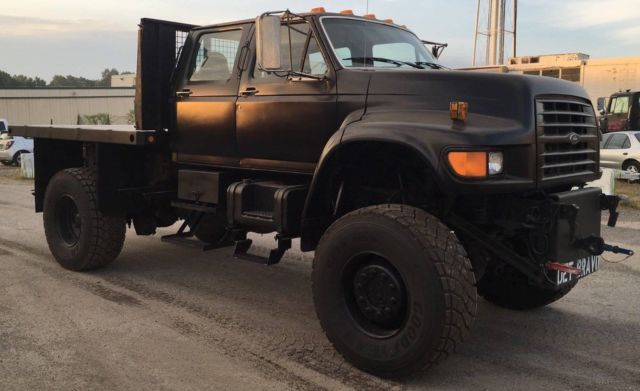 1995 Ford F800 4 Door Navy Recon Monster Truck Marmon