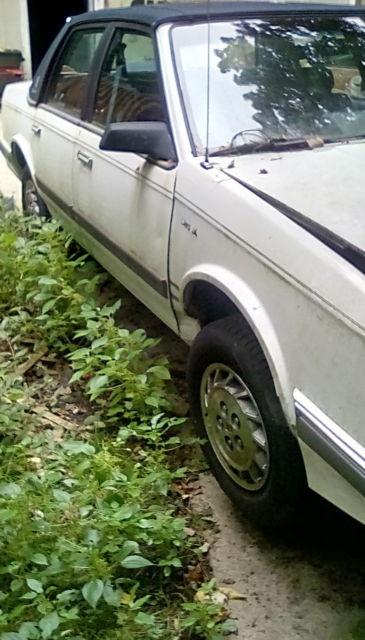 1996 Oldsmobile Cutlass Ciera / 3.1L V6 Engine / Automatic ...