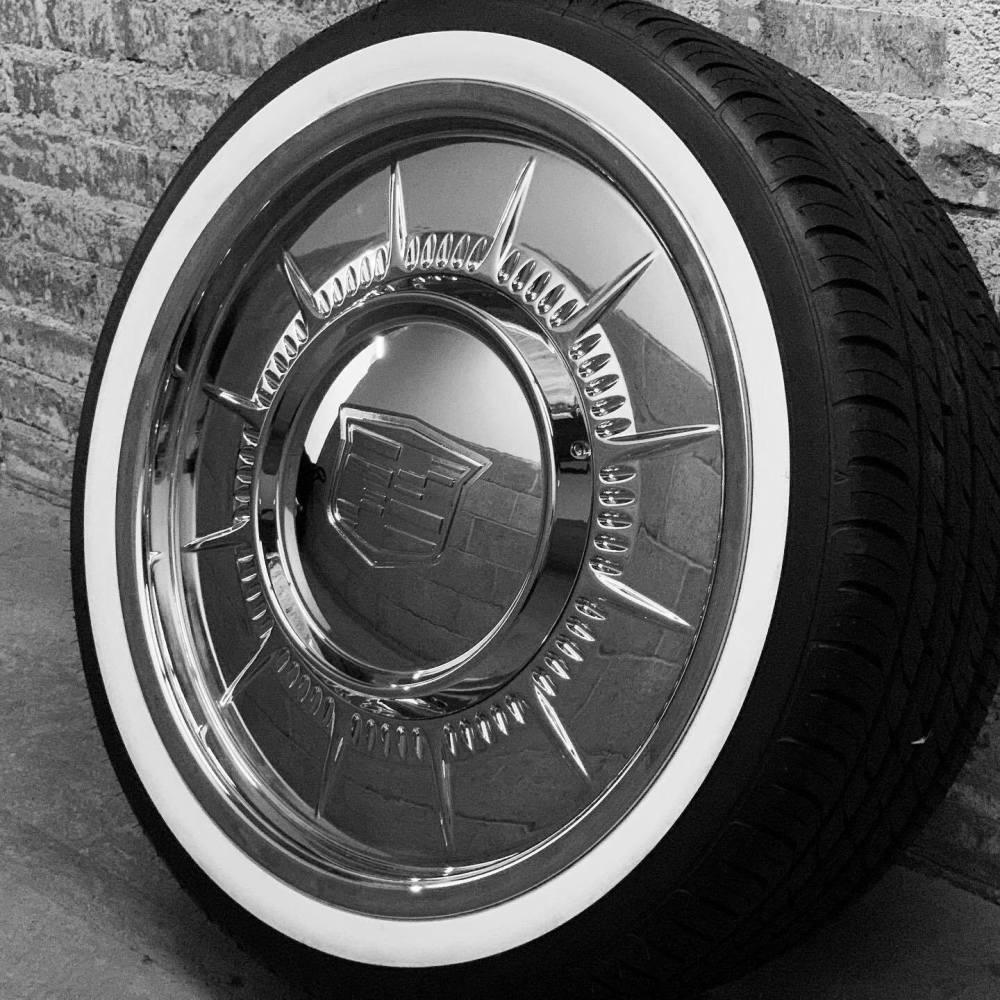 Cadillac Coupe Deville Hard Top Convertible Custom Hubcap