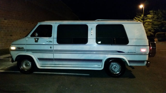 Chevy G20 Gladiator Conversion Custom Van - Classic 1993