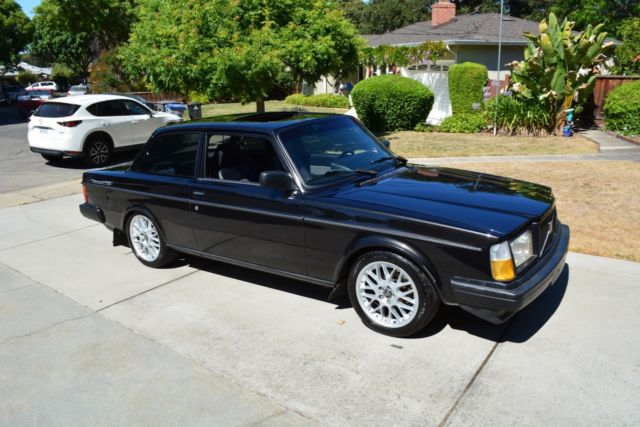 Clean Restomod 242 Turbo with rebuilt B230FT + Ford Racing T5