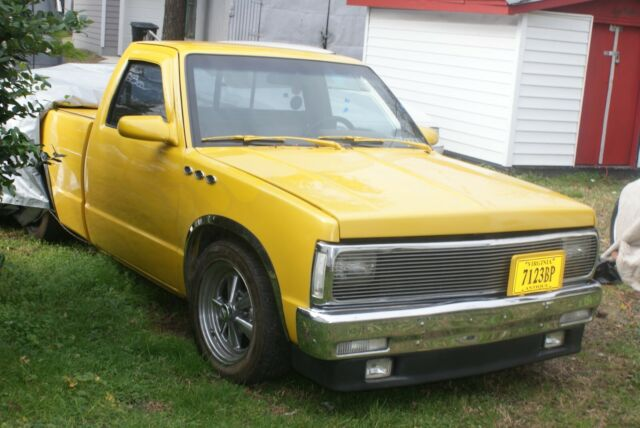 customized-1992-s-10-pick-up-truck-1.jpg