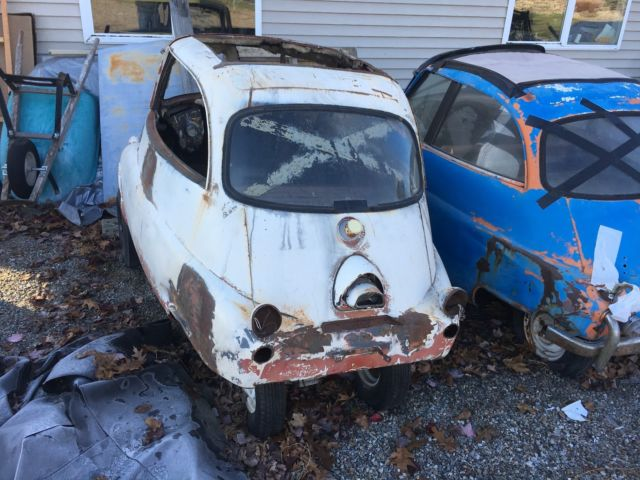 Micro Cars - Four 1957 BMW Isetta 300 Coupes / Parts