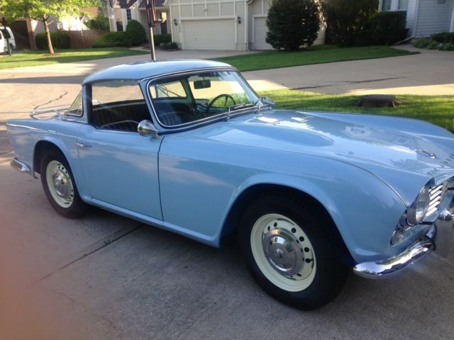 Rare 1964 Triumph TR4 light blue, 2100 cc with Surrey top