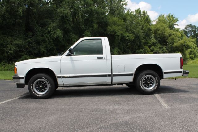 super clean 1993 chevy s10 4 3 v6 automatic classic 1993 chevrolet s 10 for sale. Black Bedroom Furniture Sets. Home Design Ideas